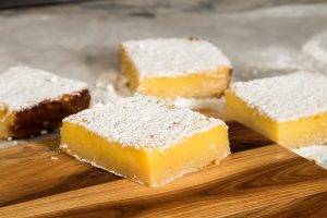 LSI-7805 - Lemon Squares on Cutting Board_1000